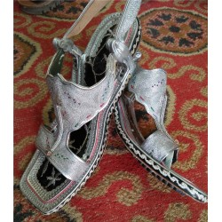 Traditional Lawa Khari Sandal For Men